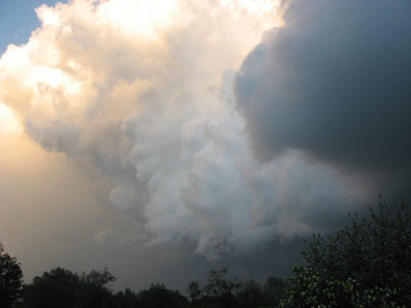 Cumulonimbus cloud Odrzykoń